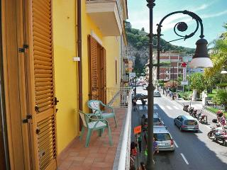 DEL CORSO - 1 Bedroom - Sorrento Centre - Massa Lubrense vacation rentals