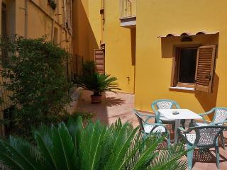 LA QUIETE - 1 Bedroom - Sorrento centre - Massa Lubrense vacation rentals