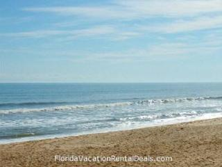 Award-Winning Penthouse. Ocean Views+Private Beach - Palm Coast vacation rentals