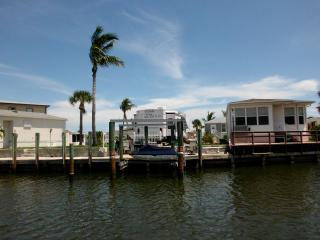 Gated resort community with 5 th wheel  water view - Jensen Beach vacation rentals