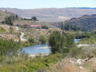 The River Hideaway-Sunny 15 min. to downtwn Chelan - Manson vacation rentals