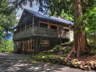 Crystal Creek Chalet -Secluded Riverfront, Dogs OK - Mount Hood vacation rentals