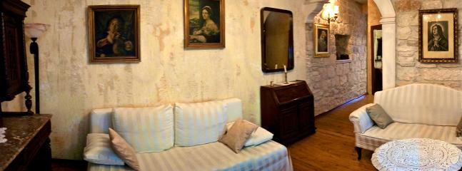 Charming stone house in the centre of town Korcula - Image 1 - Korcula Town - rentals