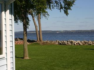 Newly Remodeled 3 BR House on Lake Winnebago - Fond du Lac vacation rentals