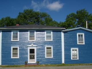 Oceanside Charmer - Terry's Bayside Getaway - Harbour Main vacation rentals