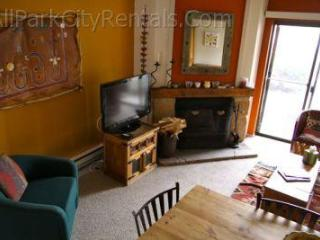 Park City cozy condo Sn109 across from 3 ski lifts - Park City vacation rentals