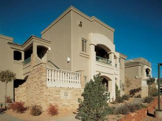 $99 Luxury Sedona Resort (sleeps 4) Save 50% - Sedona vacation rentals