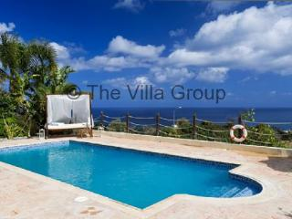 Comfortable House with 4 BR & 1 BA in Neo Chorion (Villa 44777) - Neo Chorion vacation rentals