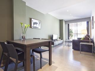Virreina - 1 bedroom with balcony - Barcelona vacation rentals