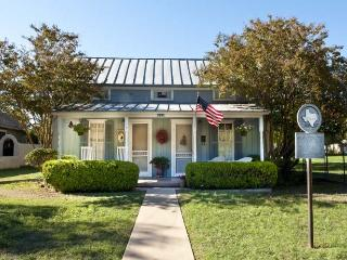 Blue Cottage - Fredericksburg vacation rentals