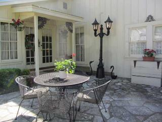 Hotopp House - Fireplace Suite - Fredericksburg vacation rentals