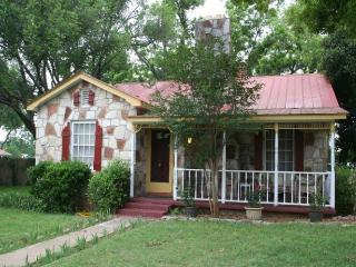 Das Kaderli Haus - Texas Hill Country vacation rentals
