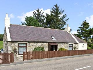BLACKHALL COTTAGE, family friendly, country holiday cottage, with a patio in Drummuir, Ref 8933 - Dufftown vacation rentals