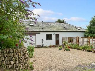 SPRING COTTAGE, pet friendly, country holiday cottage, with open fire in Lynton, Ref 8624 - Exmoor National Park vacation rentals