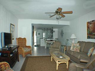 Surf Court 32 - Forest Beach Townhouse - Hilton Head vacation rentals