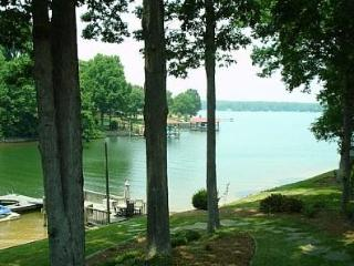 Lake Norman What a View Great Family Meeting Place - Lake Norman vacation rentals