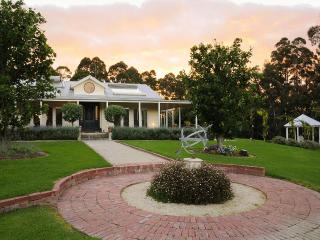 Janalli Gardens and Accommodation - Neerim South vacation rentals
