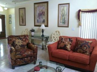 SPECIAL- Budget 3bd  $ 105 Off Season & $ 110 Peak - Kissimmee vacation rentals