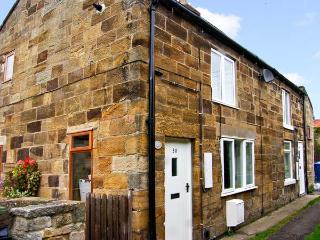 MILL COTTAGE, pet friendly, character holiday cottage, with open fire in Hinderwell, Ref 7807 - Hinderwell vacation rentals