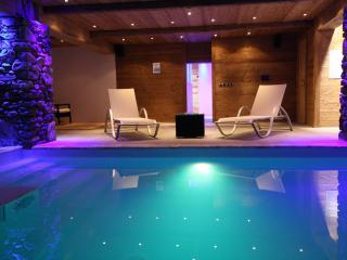 7 bed ski chalet + indoor swimming pool & Hot tub - Rhone-Alpes vacation rentals
