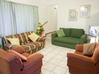 Clinch Self Catering - Very Conveniently Situated. - Zululand vacation rentals