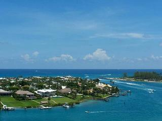 Walk to Beach Jupiter Island Vacation House Rental - Jupiter vacation rentals