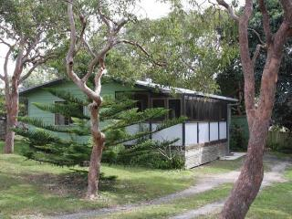 Sans Souci Holidy House, Red Rock - Sydney vacation rentals
