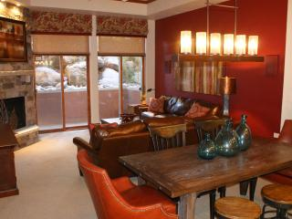 PRE HOLIDAY SPECIALS! LUXURY 3B/3B in Beaver Creek - Vail vacation rentals