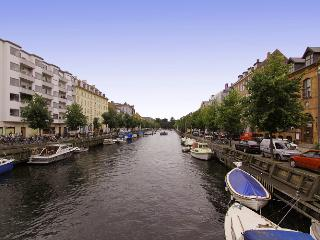 Charming Copenhagen apartment with elevator - Denmark vacation rentals