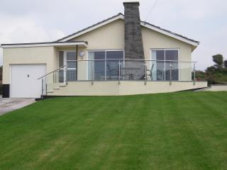 Kanangra. Luxury with spectacular sea views. - Hope Cove vacation rentals