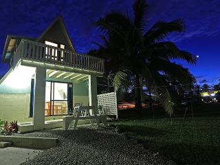 AVARO COTTAGE 25 steps to beach & shared pool - Southern Cook Islands vacation rentals
