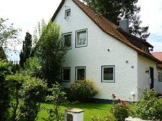 Vacation Apartment in Celle - 883 sqft, carefully and thoughtfully furnished, quiet location, HDTV (#… - Lower Saxony vacation rentals