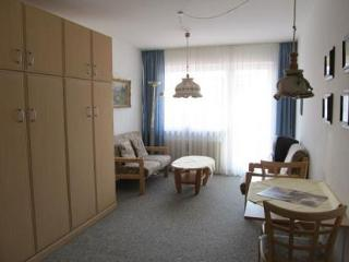 Vacation Apartment in Oberstdorf - 248 sqft, central, comfortable, elevator (# 1840) - Oberstdorf vacation rentals