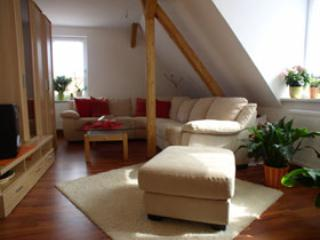 Vacation Apartment in Rudolstadt - 797 sqft, parking available, quiet location (# 1077) - Thuringia vacation rentals