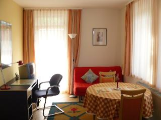 Vacation Apartment in Herrenberg - 387 sqft, nice, clean, central (# 1156) - Baden Wurttemberg vacation rentals