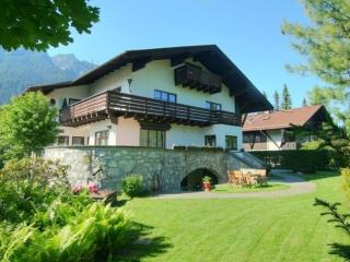 Vacation Apartment in Garmisch-Partenkirchen - 344 sqft, beautiful backyard, amazing views, great location… - Garmisch-Partenkirchen vacation rentals