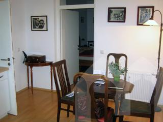 Vacation Apartment in Munich - 366 sqft, charming, clean, central location (# 491) - Eichenau b Muenchen vacation rentals