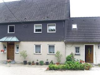 Vacation Apartment in Sprockhövel - 215 sqft, parking available, compact, affordable (# 1325) - Sprockhoevel vacation rentals
