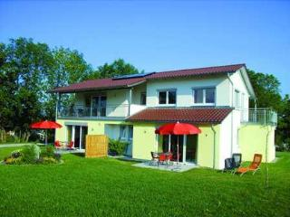 Vacation Apartment in Schlier - 538 sqft, suited for families with children (# 1470) - Schliersee vacation rentals