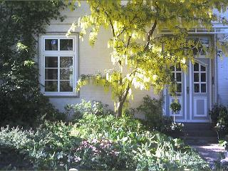Vacation Apartment in Bad Schwartau - located in a renovated schoolhouse, courtyard available, washer… - Schleswig-Holstein vacation rentals