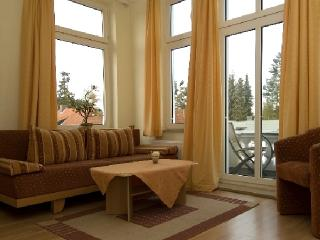 Vacation Apartment in Bad Schwartau - 549 sqft, located in a renovated villa, courtyard available, washer… - Bad Schwartau vacation rentals