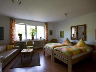 Vacation Apartment in Oberhausen - stylishly furnished, large backyard (# 600) - North Rhine-Westphalia vacation rentals