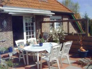 LLAG Luxury Vacation Apartment in Papenburg - 646 sqft, central but quiet location, clean, bright and… - Lower Saxony vacation rentals