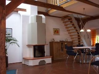LLAG Luxury Vacation Apartment in Stadland - 1238 sqft, beautifully and spaciously furnished, quiet… - Lower Saxony vacation rentals