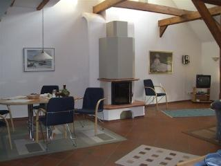 LLAG Luxury Vacation Apartment in Stadland - 1238 sqft, beautifully and spaciously furnished, quiet… - Stadland vacation rentals