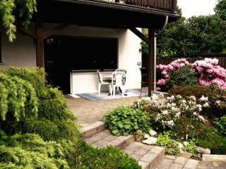 Vacation Apartment in Bornheim - 646 sqft, central, nice, quiet (# 1293) - Bornheim vacation rentals