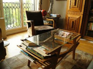 Suite Canal | Meet Amélie downstairs! - Paris vacation rentals