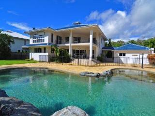 Absolute Beachfront at Kewarra Beach, CAIRNS - Cairns District vacation rentals