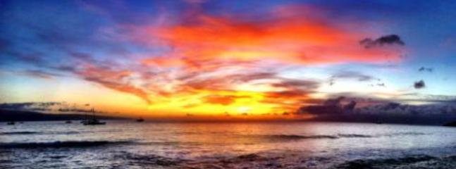 Sunset View from Front Door - Pohailani 2 BDRM Sleep 6 GRND FLOOR Quiet/Private - Lahaina - rentals