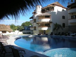 Joya-New Luxury Condo-Huge Pool, A/C, Sayulita Mex - Sayulita vacation rentals